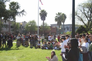 Watsonville protest raises awreness about Arizona bill SB1070. Photo by Andrew Allio.
