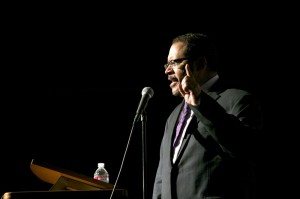 Keynote speaker Michael Eric Dyson gives an inspiring speech during the Speaker Blowout Event. Photo by Chelsea McKeown