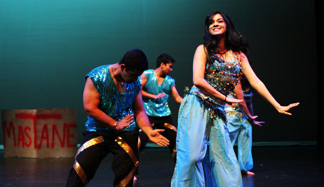 Gallery: Indian Student Organization Colors the Stage