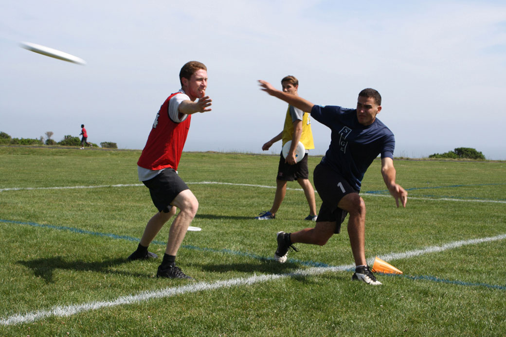 Frisbee Stars Sign With San Jose Spiders