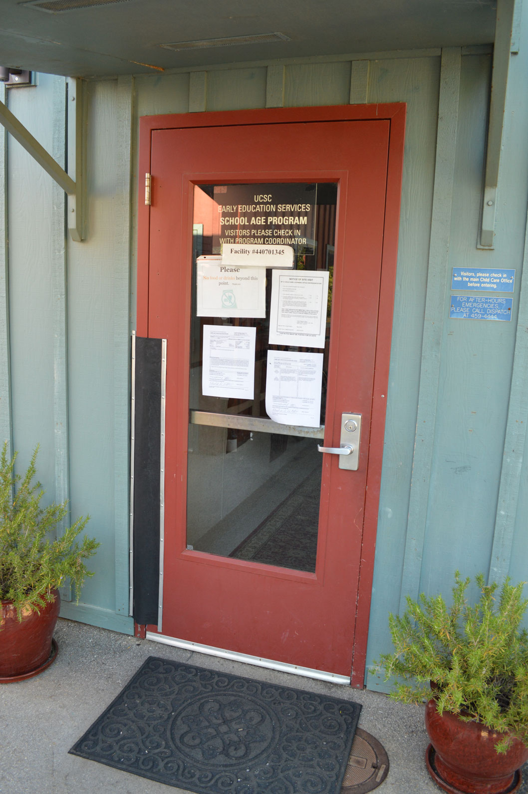 The door of UC Santa Cruz's Early Education Services with a notice detailing the allegations against a former EES teacher. The notice was placed on May 28 and has since been taken down. Photo by Jayden Norris.