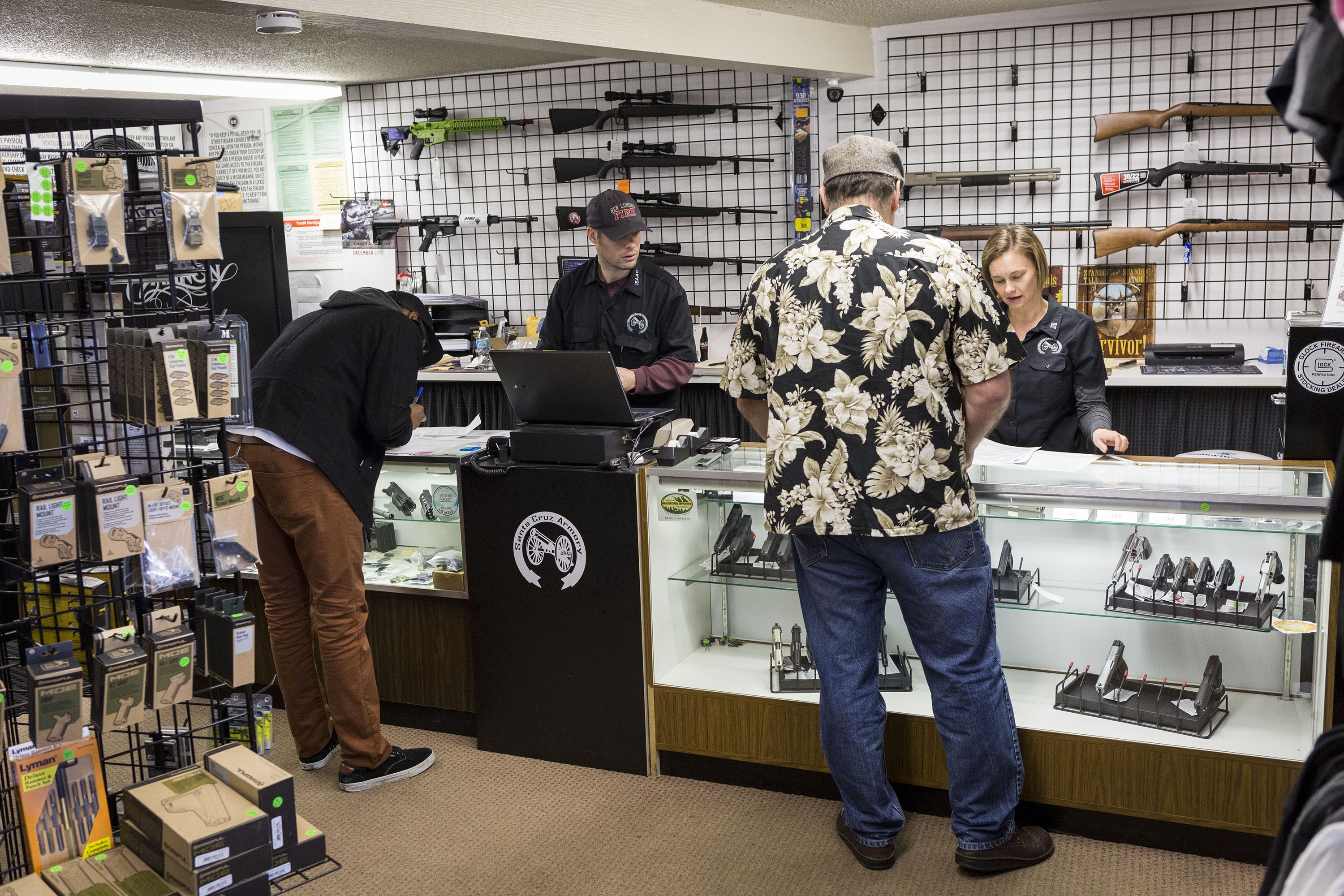 CA Rings in 2016 With Tighter Gun Control