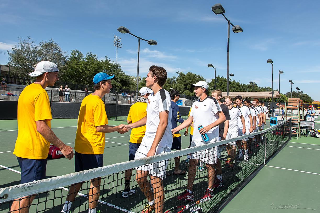 UCSC shakes hands with Claremont Mudd-Scripps after its second round defeat in the NCAA tournament. Photo courtesy of Ellen Friedlander.