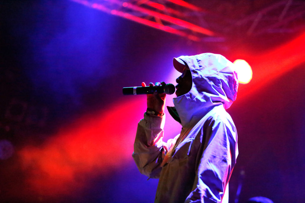 Oakland-born underground hip hop artist Del the Funky Homosapien performs on Sept. 23 at the Catalyst Club in Santa Cruz.  Del, who is the cousin of rapper Ice Cube, opened for the Soul Rebels and Talib Kweli. Photo by Stephen de Ropp.