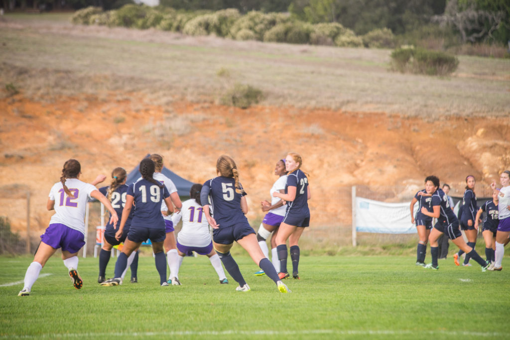 The UCSC women's soccer played even harder after being down two points to San Francisco State University. Photo by Yin Wu