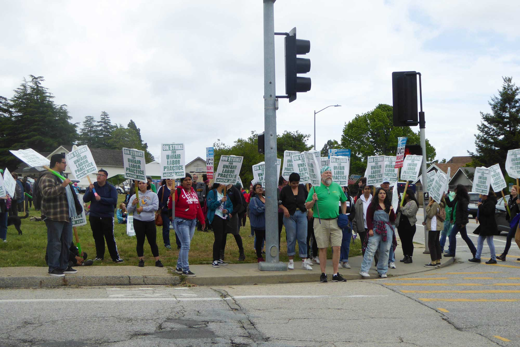 Picketing for Protections