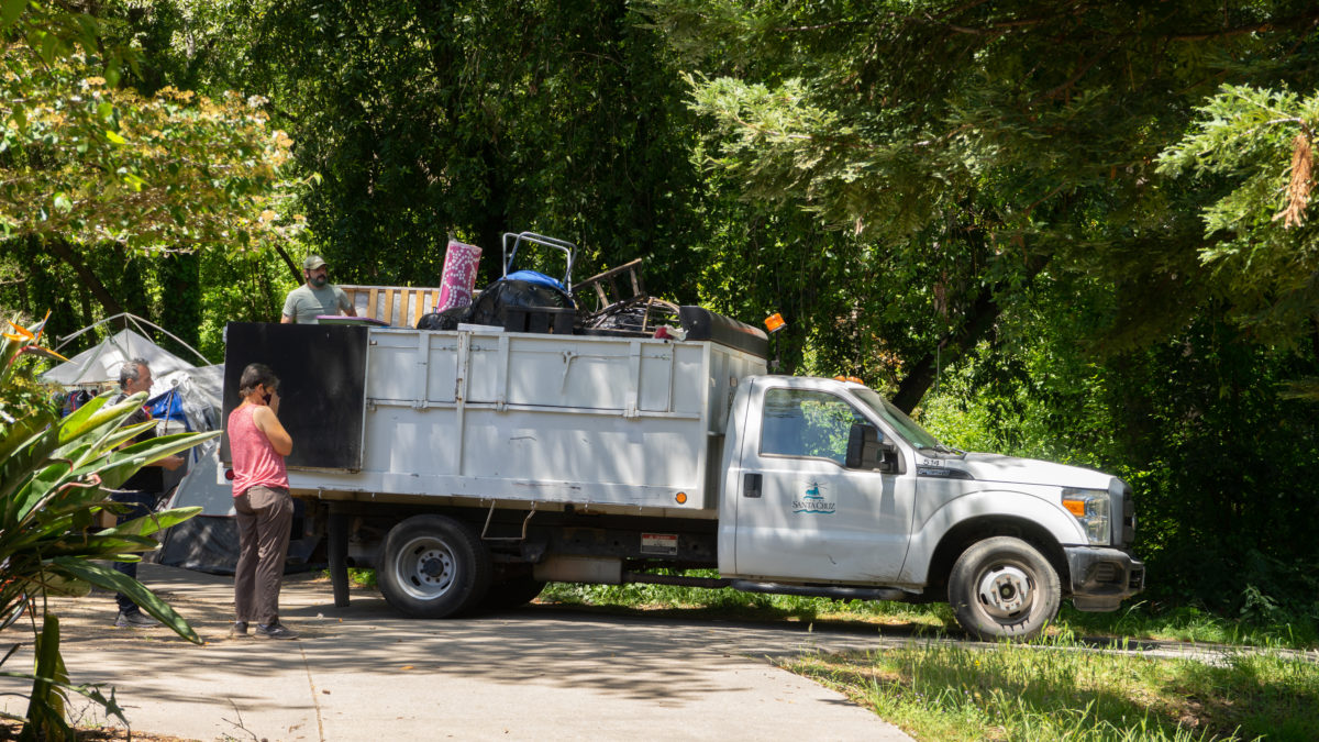 """City Closes Harvey West """"Agreement Camp,"""" Relocates Residents to San Lorenzo Benchlands"""